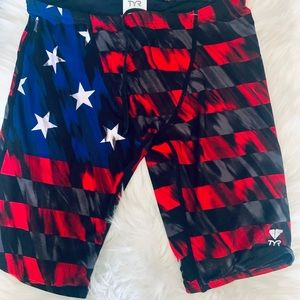 TYR Athletic Cycling/Jammer Shorts Size 30